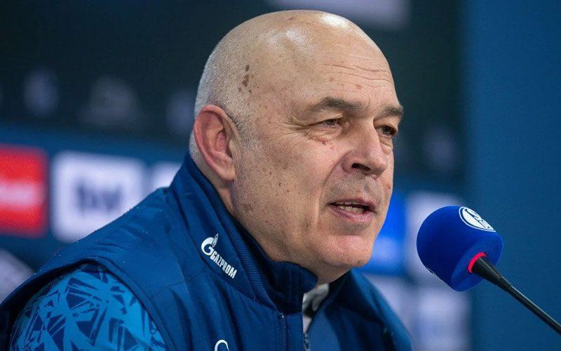 pelatih baru schalke 04