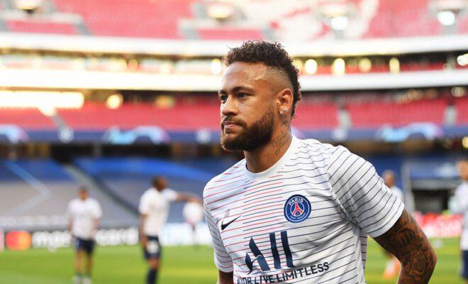 neymar tetap bertahan