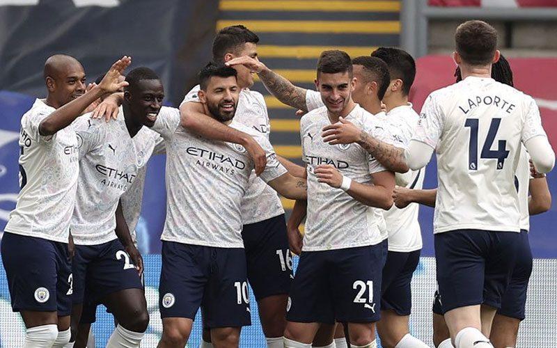 manchester city hampir juara liga inggris