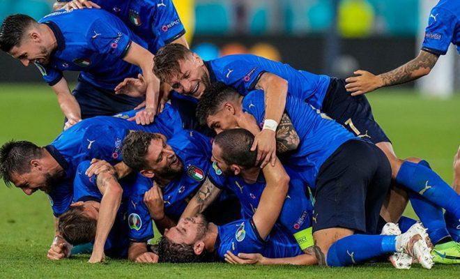 musuh italia di perempat final euro