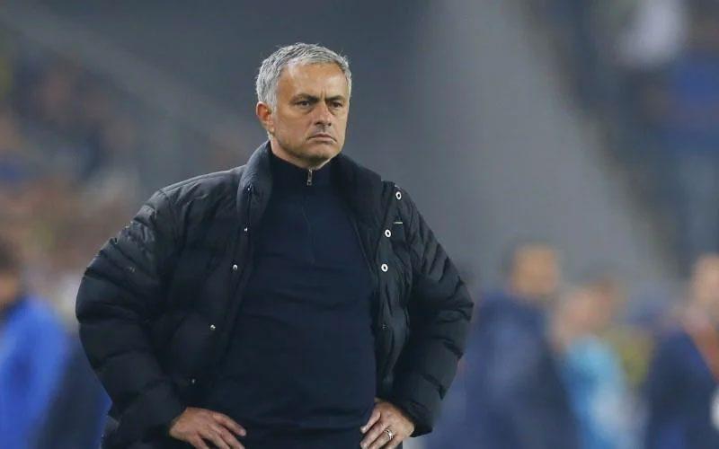 mourinho gabung as roma