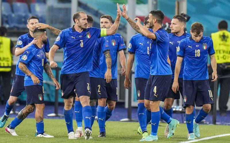 italia berpeluang kalahkan inggris