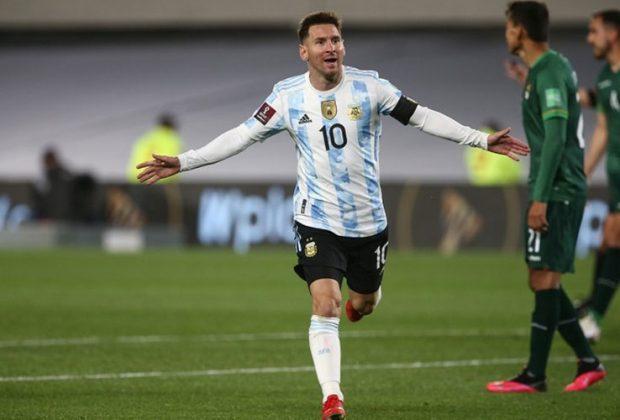 lionel messi patahkan rekor gol pele
